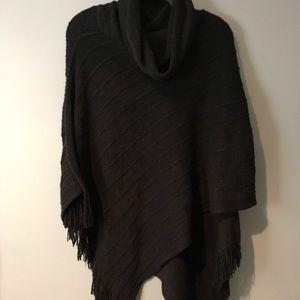 BCBG Black Poncho | size S/M |